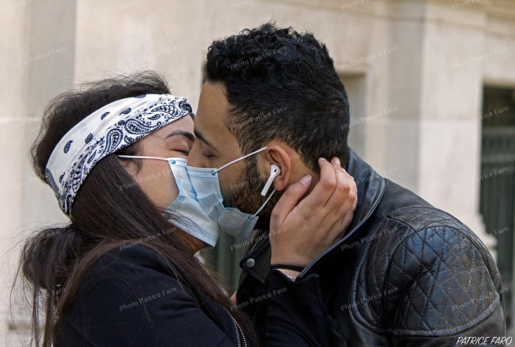 amoureux masqués Paris - Photo Patrice Faro