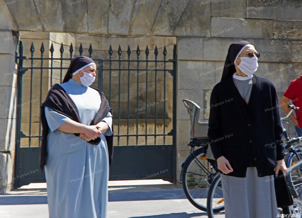 les sœurs masquées Paris Photo Patrice Faro